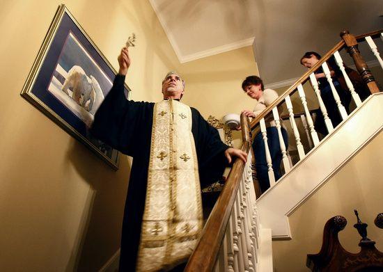 Prière pour bénir la porte d'entrée de votre maison... How-to-bless-a-house_1